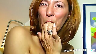 Horny granny has sex date