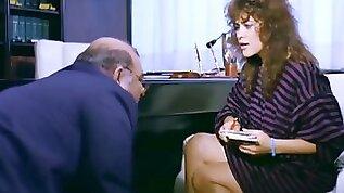 Hulya avsar sekreter 1985