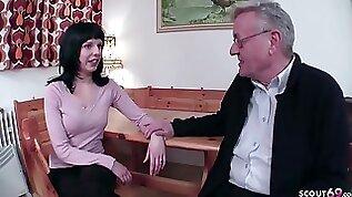 18yr Older German Teenager Tempt To Penetrate By Elderly Grand Daddy