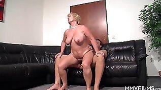 Lustful GILF Ilona Rides Hard Penis