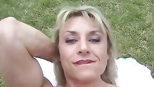 Mature with big clit Outdoors
