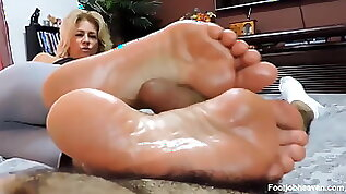 Blond Milf Give A Long Intimate Footjob To Boyfriend