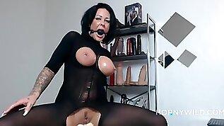 Kinky Mom Crazy Webcam Pussy Amateur Porn