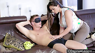 Perfect beauty Amy White and her bf Matt Ice experience