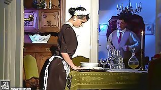 Sexy maid Jessyka Swan gets her ass amazingly fucked hard from behind