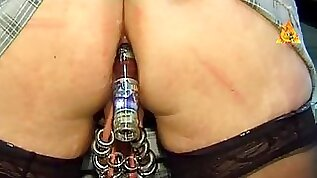 Extremley pierced mother Id like to fuck with enormous wet crack rings bottle in arse