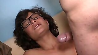 Skinny hipster amateur well fucked and cummed in glasses.