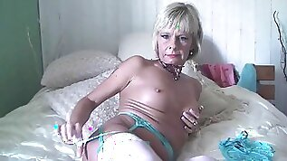 New Milf Cathy Bedroom Pussy and Fuck