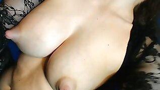 Full milk tits tits dancing