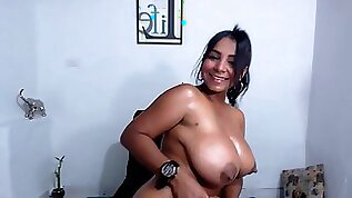 Venezuelan Girl Puts Oil On Boobs and Bum In Doggie Style