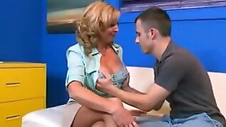 Blonde teen Anal Mature Takes Off Her Pantyhose Gets Her Big Ass Fucked